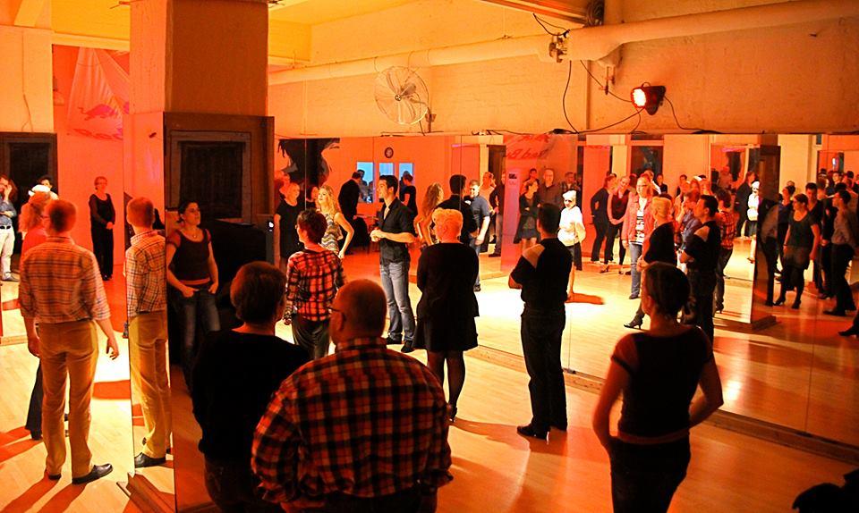 Salsa @ Move & Style Dance Academy